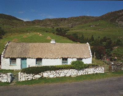C8 - Connemara Cottage, Tully